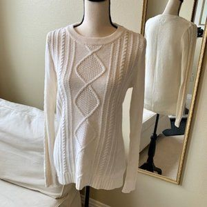NWOT Old Navy Women's Tall Cable Knit Sweater
